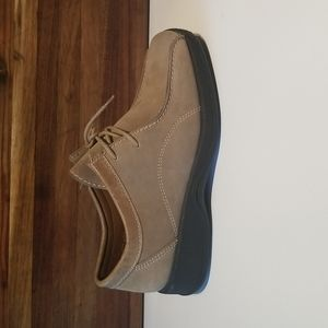 Rohde German Made Tan Suede Lace Up Flat Casual Comfort Shoes